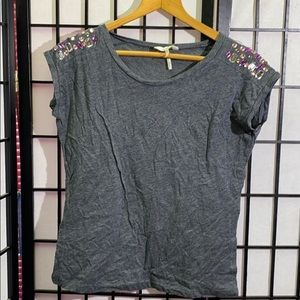 Kirra Gem Shoulder T-shirt Size S